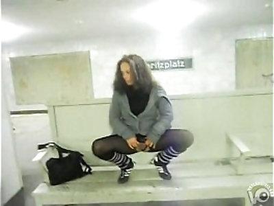 piss public shop metro german