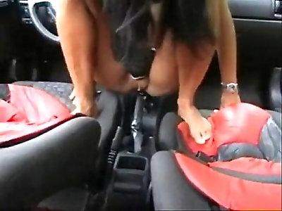 She fuck the Car