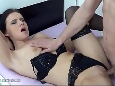 Wendy Moon in Bed with sexy Horny Dude Prepared to Fill her Pussy