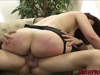 PAWG picked up for a fuck bouncing on a cock