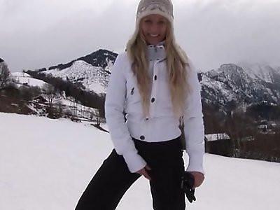 Eroberlin russian Anna Safina sexy pussy wide open public outdoor blond long hair